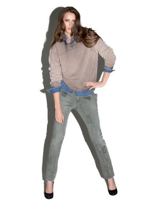 2 Men Jeans, Two Women In The World – идеальная пара найдена. Изображение № 13.