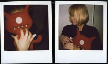 Polaroid. Похититель мгновений. Изображение № 2.