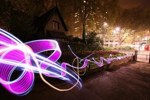 Да будет свет: 7 мастеров по световым граффити. Изображение № 6.
