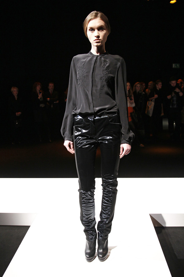 Berlin Fashion Week A/W 2012: Dietrich Emter. Изображение № 10.
