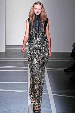 Givenchy. Изображение № 11.
