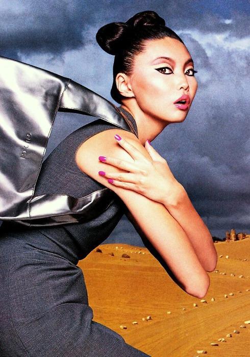 """Топ-модель Ирина Пантаева открывает выставку """"Pure Flow Water"""". Изображение № 8."""
