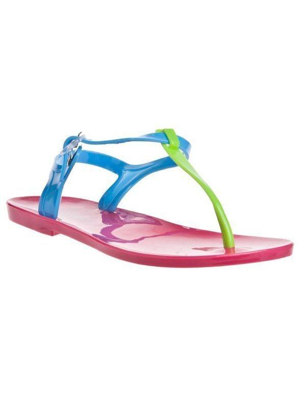 Изображение 26. Обувь: тренды лета 2011.. Изображение № 29.