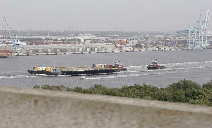 Фото: что осталось от ракеты Falcon9. Изображение № 1.