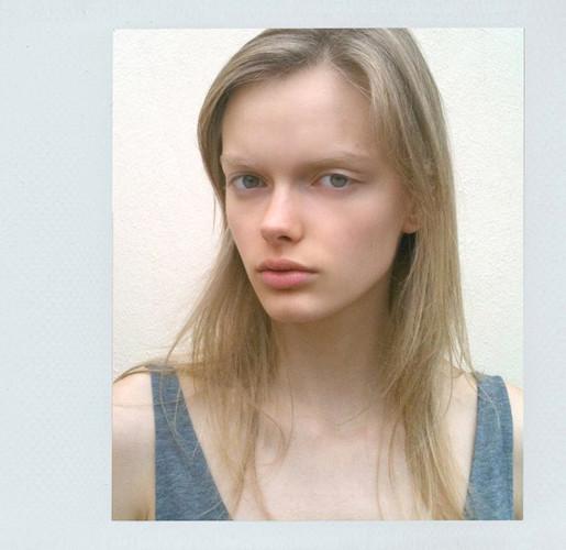 Новые лица: Элен Десметтр. Изображение № 15.