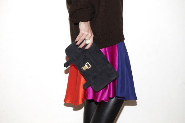 Гардероб: Марина Николаевна, бренд-менеджер JNBY, основатель платформы Items. Изображение № 24.