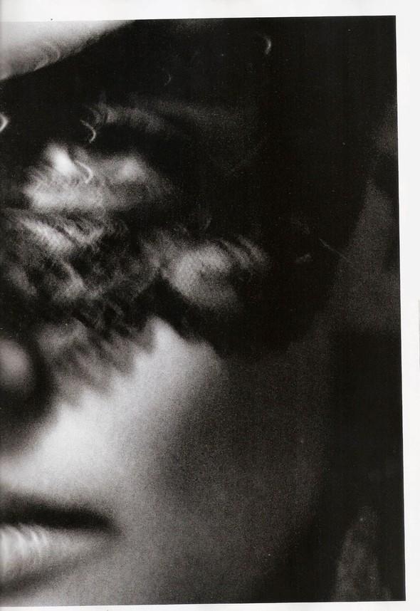 Съёмка: Кэти Холмс для Vogue. Изображение № 6.