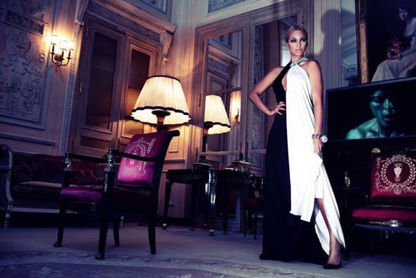 Съёмка: Бейонсе для Harper's Bazaar. Изображение № 6.