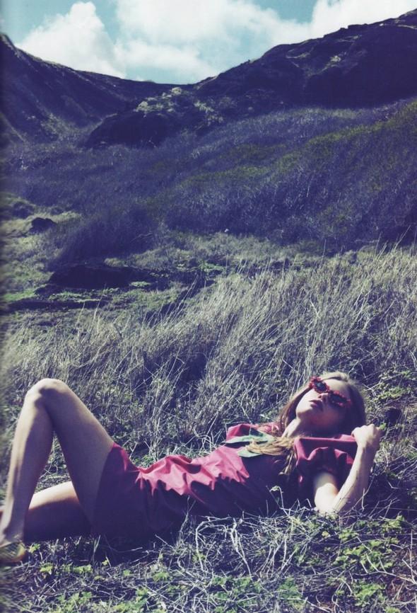 Съёмки: Antidote, Lula, Numero и Vogue. Изображение № 31.