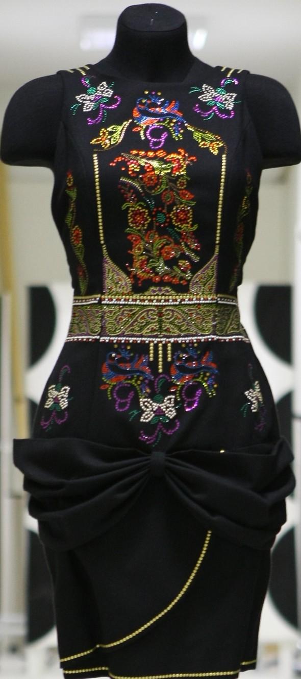 12 легендарных нарядов от Вячеслава Зайцева. Изображение № 10.
