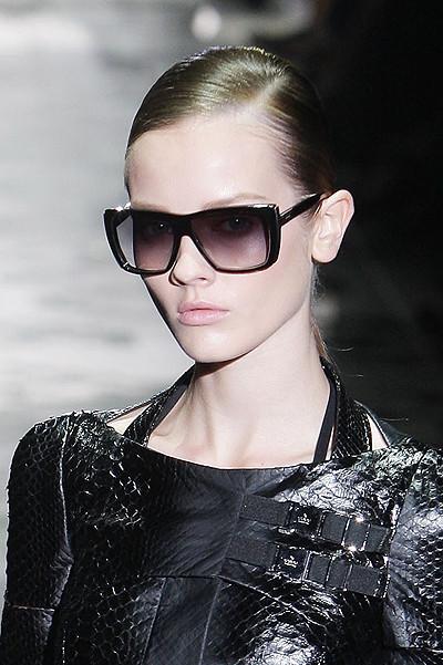 Sunglasses SS 2010. Изображение № 11.