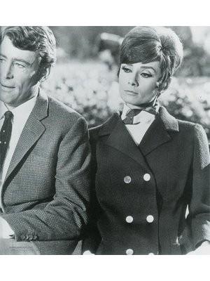 Одри Хепберн в фильме «Как украсть миллион». Изображение № 42.