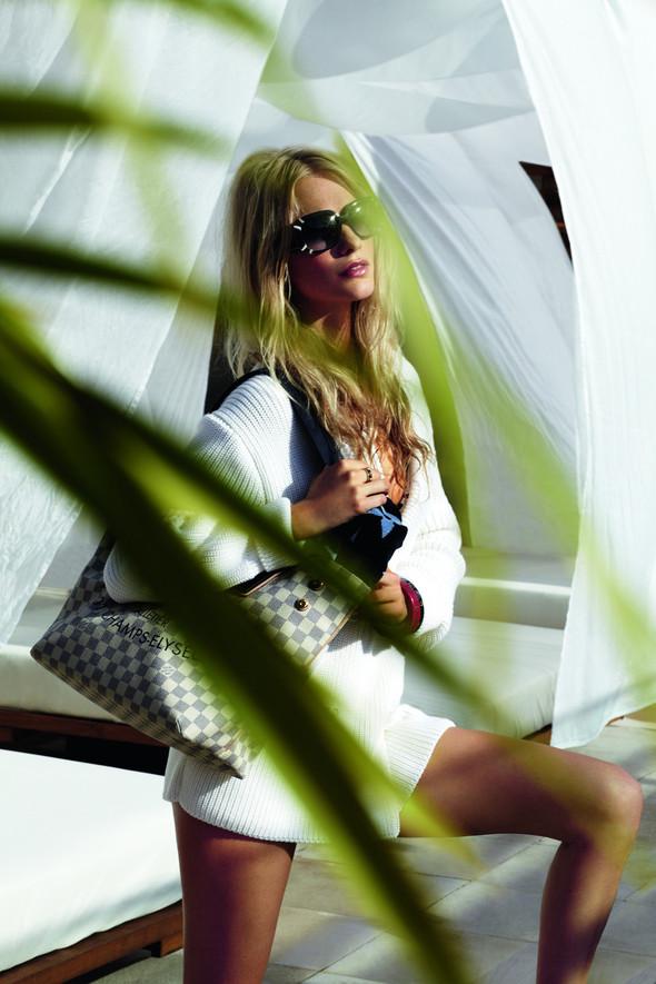 Лукбук: Поппи Делевинь для Louis Vuitton Summer 2012. Изображение № 7.
