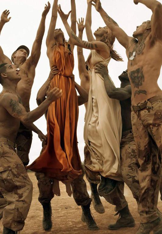 «Make Love NotWar» by Steven Meisel Vogue Italy. Изображение № 10.