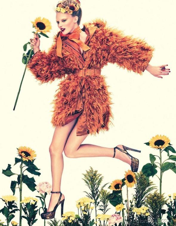 Съёмка: Имре Стикема для Vogue. Изображение № 2.