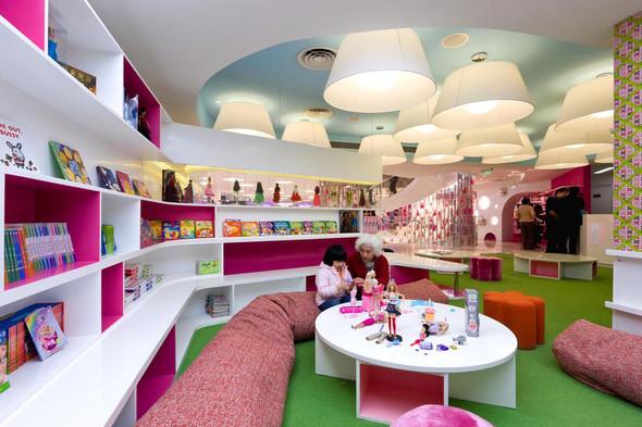 Огромный магазин Barbie вШанхае!. Изображение № 20.