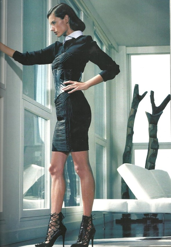 Съёмка: Алессандра Амбросио для Vogue. Изображение № 3.