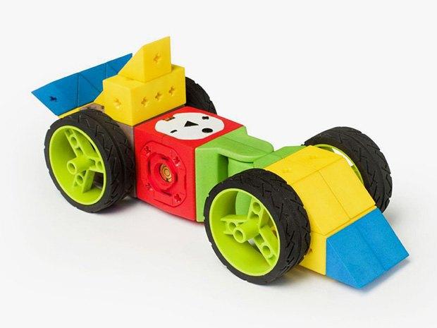 Своего робота можно будет построить из кубиков. Изображение № 1.