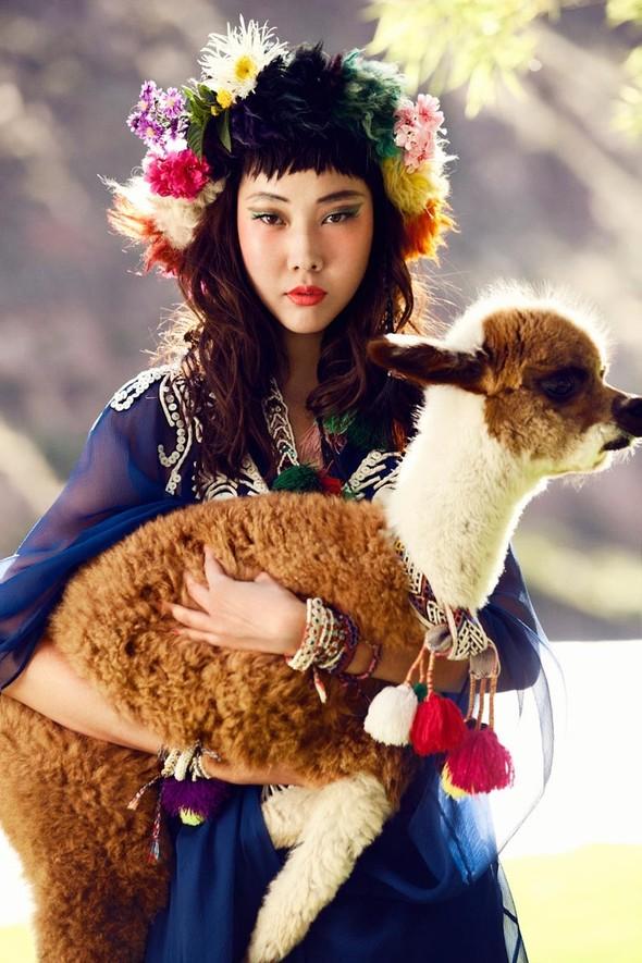 Новые съемки: Vogue, 25 Magazine, Exit. Изображение № 11.