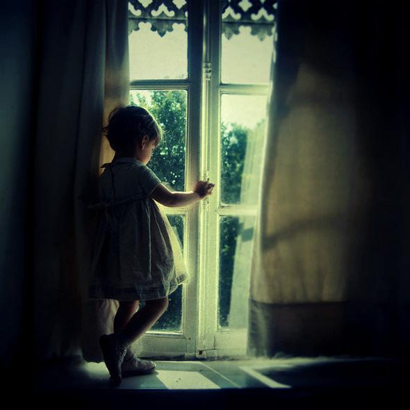 Потусторонний мир в фотографиях Julie de Waroquier. Изображение № 3.