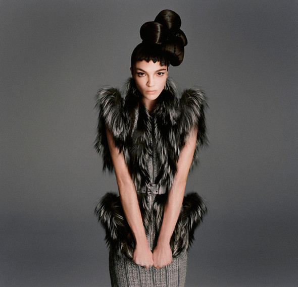 Съёмка: Мариакарла Босконо для Bergdorf Goodman. Изображение № 18.