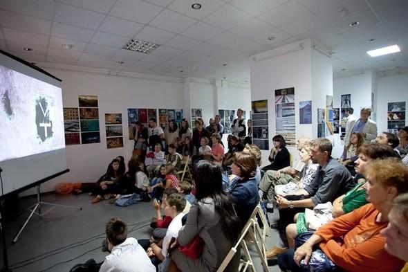 Деятели культуры вступились за «Галерею АЗ». Изображение № 54.