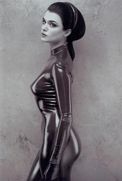 Рэйчел Вайс. Изображение № 2.