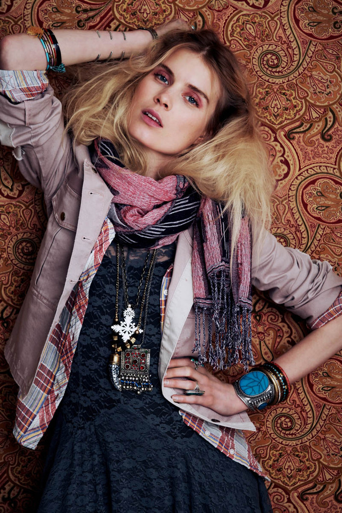 Показаны новые лукбуки Zara, Free People, Mango и других марок. Изображение № 45.