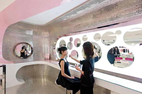 Огромный магазин Barbie вШанхае!. Изображение № 15.