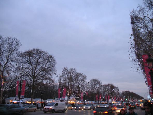 Париж Рождественский. Изображение № 46.