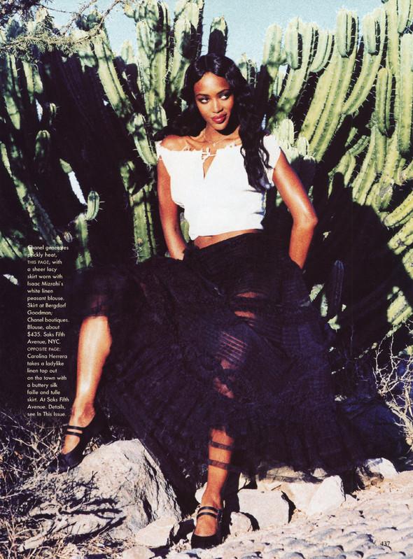 Архивная съёмка: Наоми Кэмпбелл и Эллен фон Унверт для Vogue, 1998. Изображение № 13.