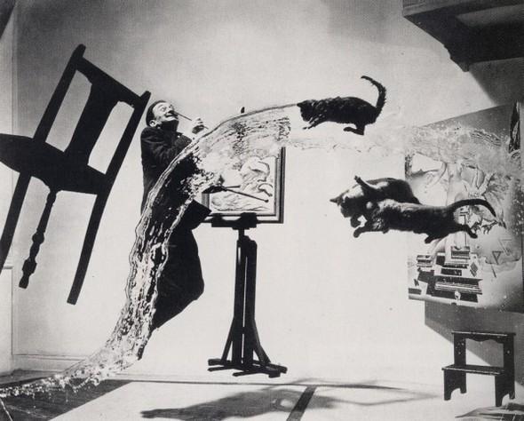 Изображение 17. Восемь фотографов сюрреалистов.. Изображение № 3.