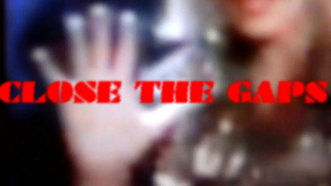 Кадр из видеоработы Элизабет Прайс. Изображение № 3.