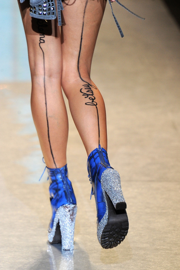 New York Fashion Week: Betsey Johnson Spring 2012. Изображение № 98.