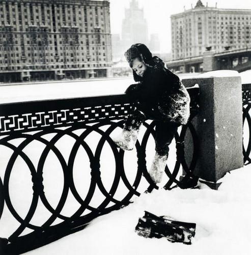 Коля живет в Москве. Изображение № 223.