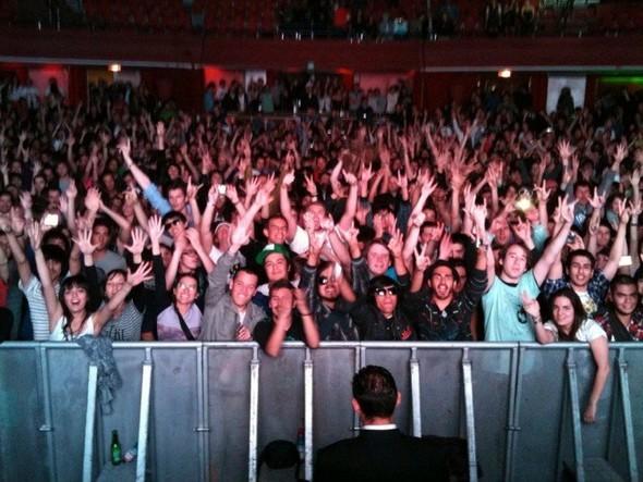 2manydjs (Belgium) Under the Covers tour 2010 live. Изображение № 3.