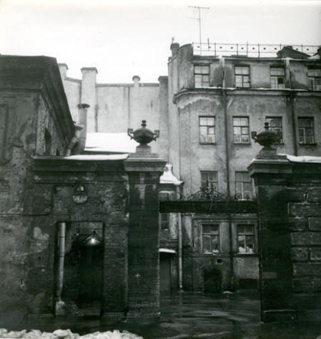 Три альбома петербургских классиков фотографии. Изображение № 36.