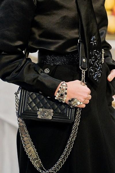Детали с показа Chanel Pre-Fall 2012. Изображение № 15.