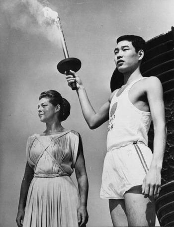 Вне игры: 25 историй с Олимпиады не про спорт. Изображение №16.