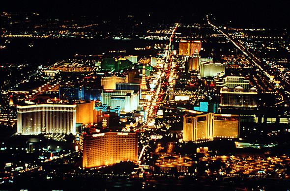 Топ-10 лучших городов для ночной жизни. Изображение № 1.