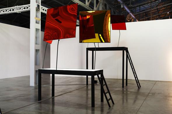 Как это устроено: Как искусство перевозят через границу и монтируют в выставки. Изображение № 17.