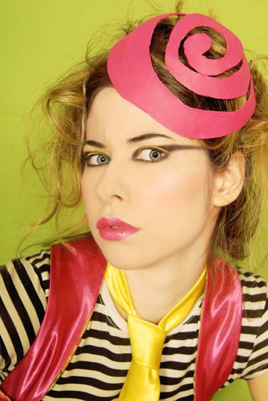 Ipek Yaylacioglu – сумасшедшая шляпница. Изображение № 25.