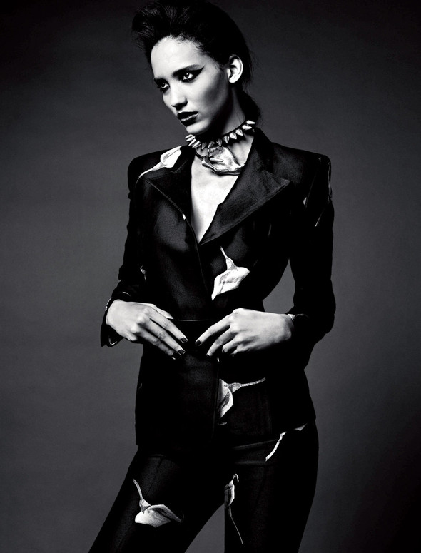 Съёмки: 25, Dazed & Confused, Vogue и другие. Изображение № 11.