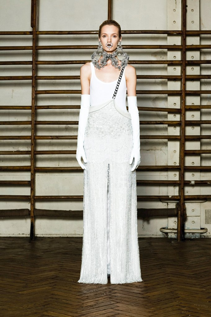 Givenchy Haute Couture SS 2012. Изображение № 6.