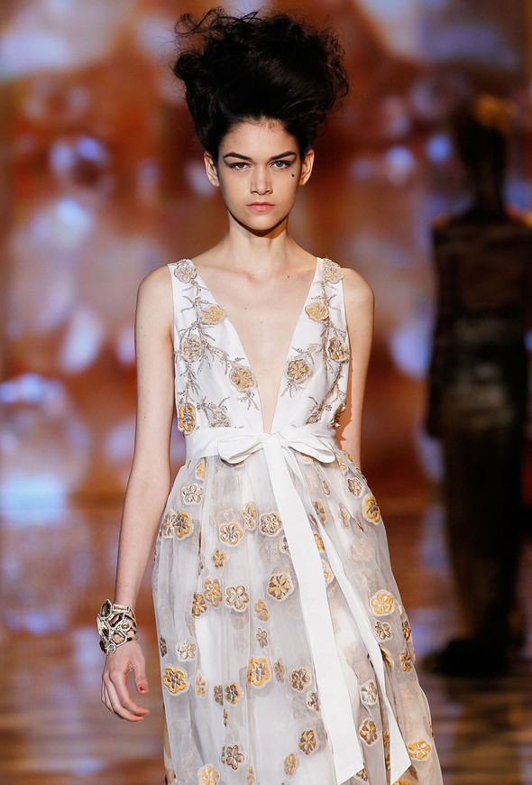 New York Fashion Week: Badgley Mischka Spring 2012. Изображение № 15.