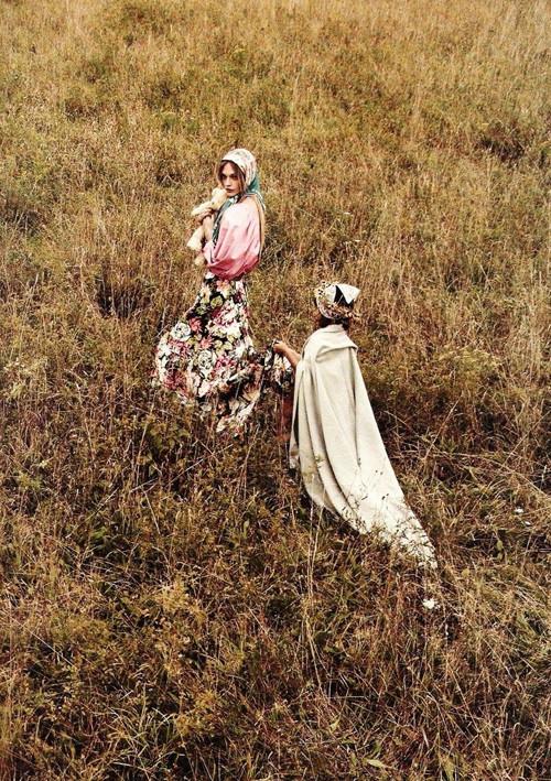 Изображение 14. Саша Пивоварова примерила на себя роль матери под прицелом камеры Микаэля Янссона.. Изображение № 14.