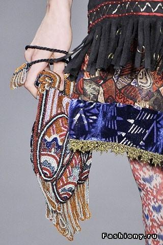 Anna Sui - буйство красок и принтов. Изображение № 18.