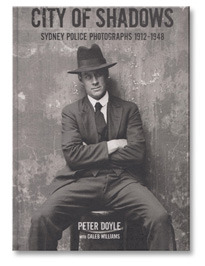 Закон и беспорядок: 10 фотоальбомов о преступниках и преступлениях. Изображение № 88.