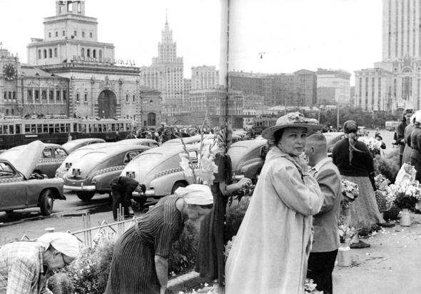Советская Москва глазами Анри Картье-Брессона. Изображение № 34.