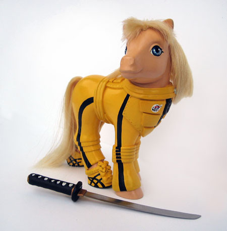 MyLittle Pony играют вкино. Изображение № 10.